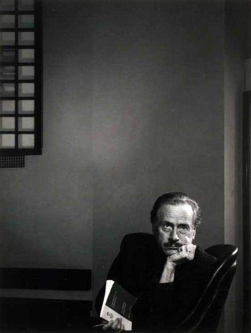 YK_McLuhan_13x10_74