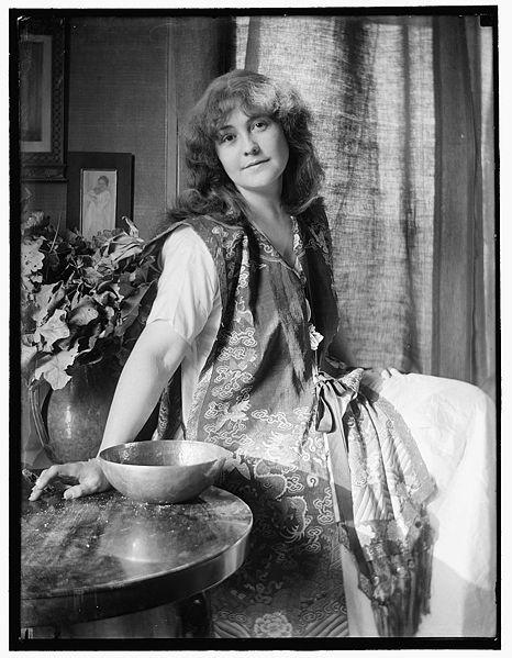 GK_Rose_O'Neill_1907