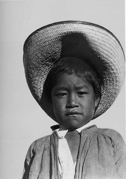 Tina_muchacho_1927