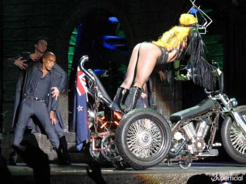 Gaga_auckland_NZ_60712