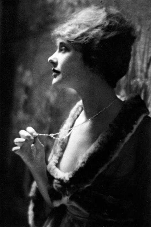 Genthe_Ferguson_1917