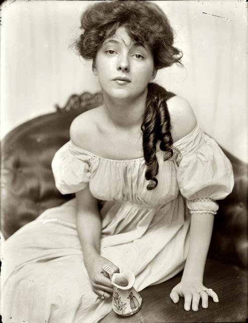 GK_Nesbit_1903