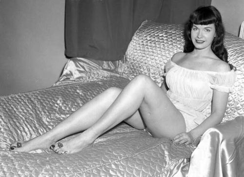 Bettie_reclining