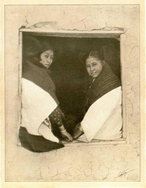 S0209_ESC_Hopi-girls_c.1900_B17_C-35