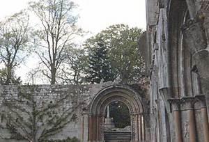 Dryburgh_abbey_1