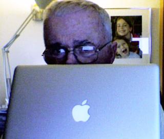 PG_MacBook_A